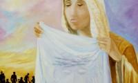 Via Crucis, la Veronica asciuga il volto di Gesù